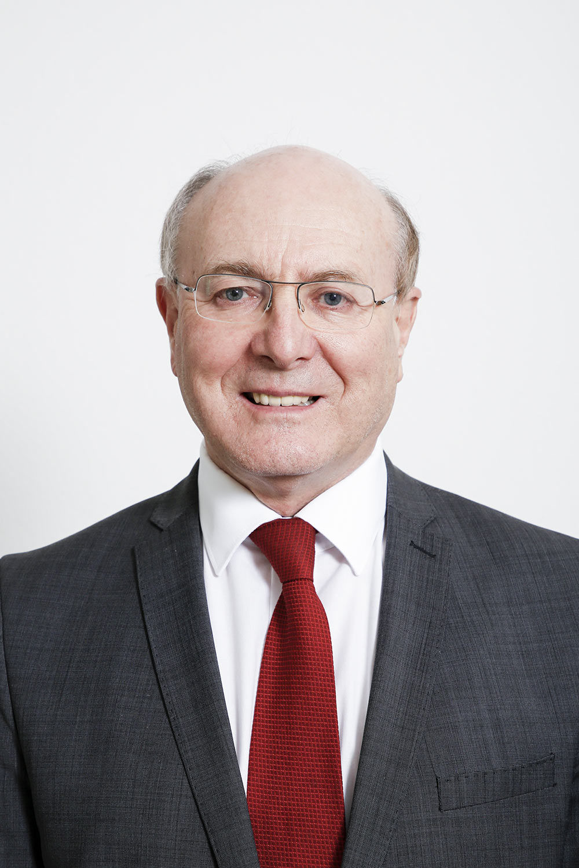 Dr. Hans Peter Raab